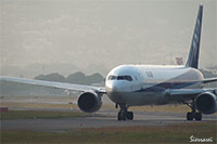 ANA JA601A離陸シーン(大阪国際空港・伊丹空港)