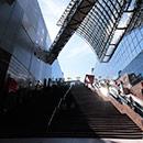 京都 駅ビル 大階段